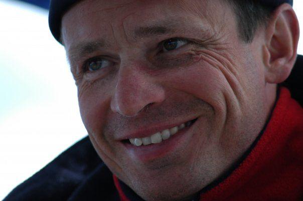 Aktivní jachtař od roku 1987, instruktor azkušební komisař námořního jachtingu jmenovaný Ministerstvem dopravy ČR, organizátor regat, milovník náročných sportovních plaveb doodlehlých míst.